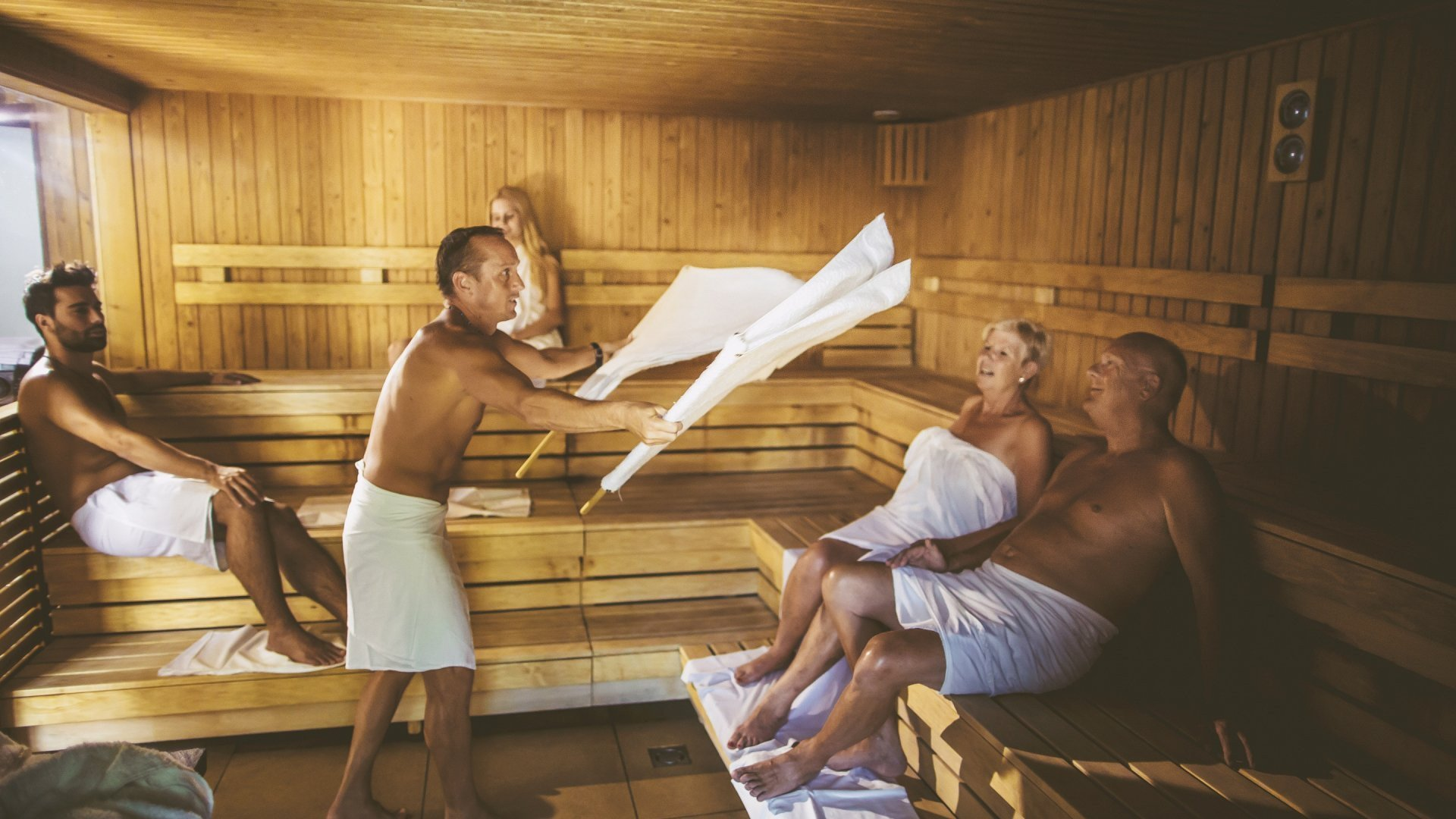 https://www.visitbuk.hu/media/thumbs/sa/un/ad/sauna-day-in-bukfurdo-thermal-spa-499351f3-569016.jpg